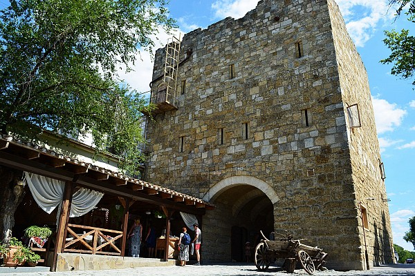 Ворота средневекового Гезлева Одун-базар Къапусы