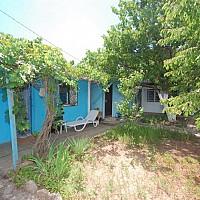 Дом (мини-пансионат), р-н Елена, пгт Заозерное, продаю. Код: 31531